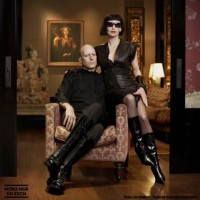 Purchase Mona Mur & En Esch - 120 Tage-The Fine Art Of Beauty And Violence