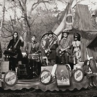 Purchase The Raconteurs - Consolers Of The Lonely