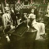 Purchase Chic - Risqué (Vinyl)